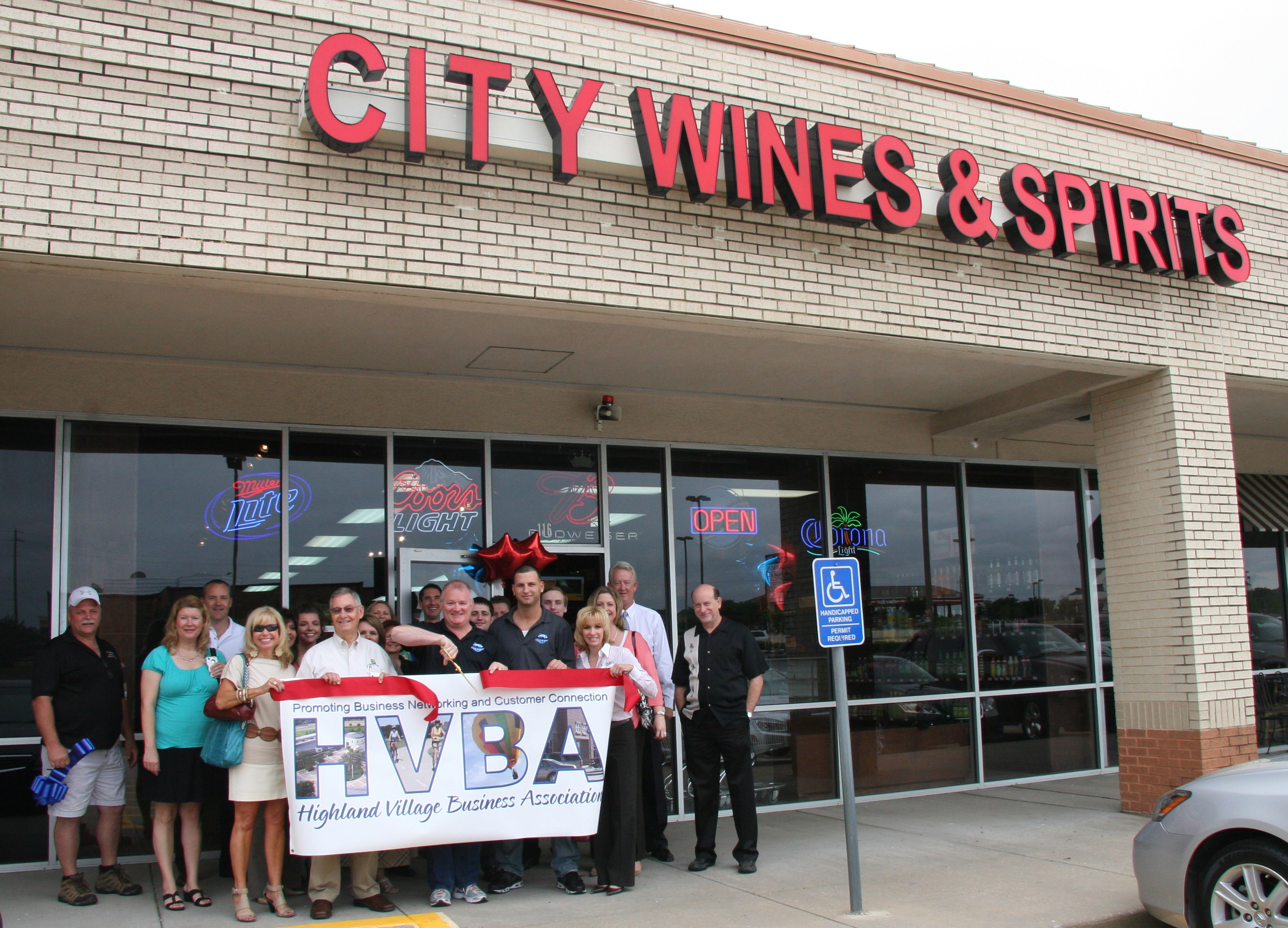 ribbon cuttinb - City Wines & Spirits