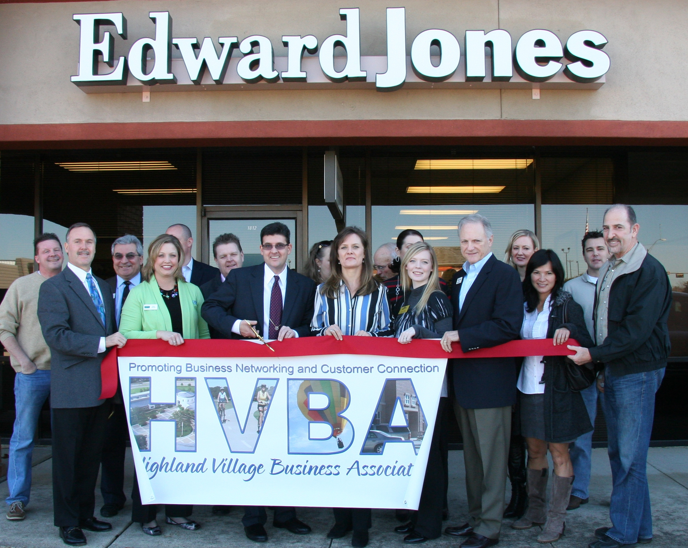 ribbon cutting - Edward Jones - Kyle Lewis