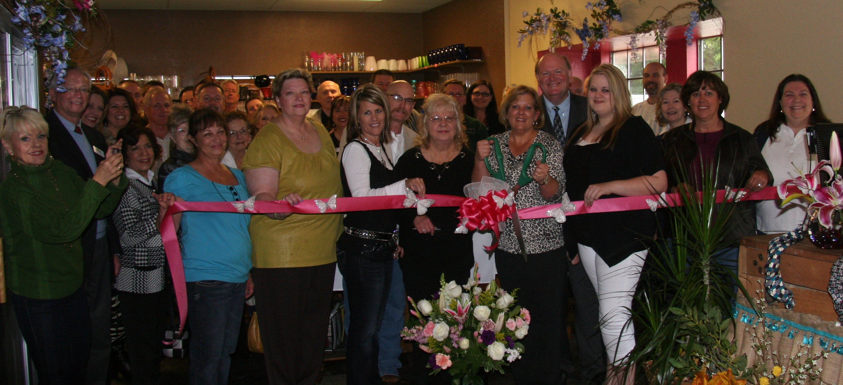 ribbon cutting - Mulkey Flowers